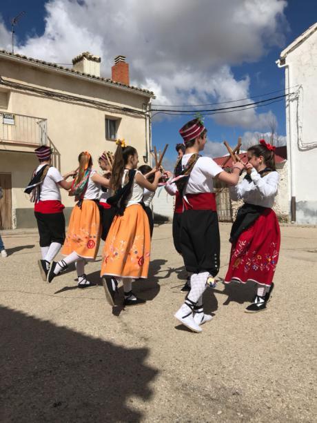 Moncalvillo de Huete celebra una 'Jornada de Folklore, Artesanía, Cultura y Reencuentro de Danzas'
