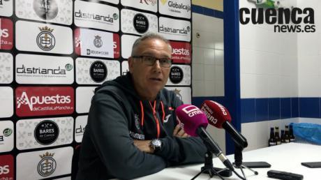 """En imagen Miguel Álvarez, entrenador del Villarreal C.F. """"B"""""""