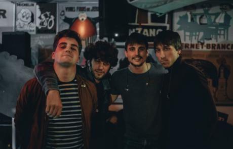 El músico conquense Javier Rostra estrena nuevo videoclip junto a su banda Estrellados