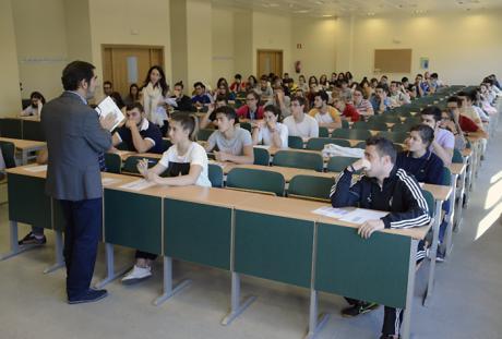 159 estudiantes comienzan los exámenes de la EvAU en el campus conquense