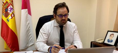 Núñez propone a Page un acuerdo para que el presupuesto regional de los dos próximos años se destine a la recuperación económica y social de Castilla-La Mancha