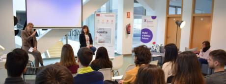 Cuarenta jóvenes comienzan a formarse para poner en marcha una veintena de proyectos en el centro Explorer Santander X de la UCLM