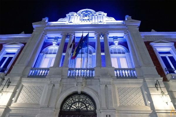 El Palacio Provincial de la Diputación de Ciudad Real lucirá mañana de color azul como homenaje a los sanitarios en el Día Internacional de la Enfermería