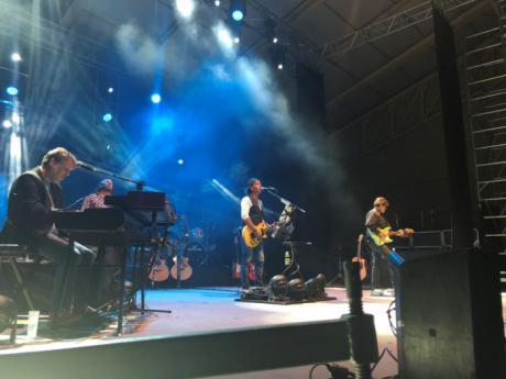 Unas 4.000 personas asisten al concierto de Los Secretos en Tarancón