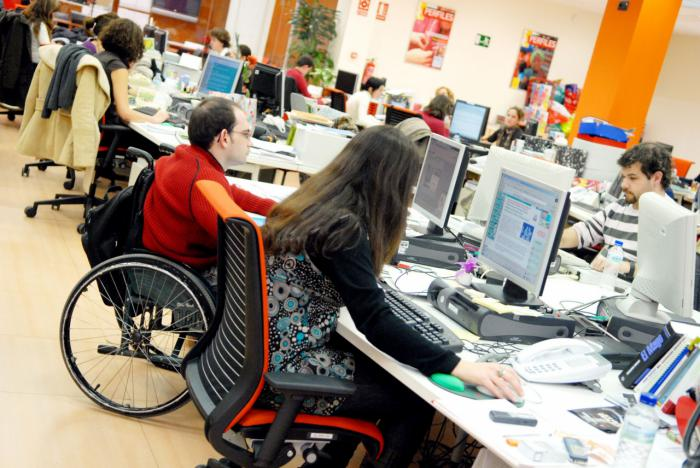 46 alumnos con discapacidad de la Universidad de Castilla-La Mancha han accedido a prácticas laborales gracias al programa de Fundación ONCE y Crue Universidades