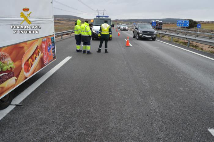La Guardia Civil detiene al conductor de un camión tras atropellar a una persona y darse a la fuga