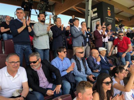 El Gobierno regional felicita a la Unión Balompédica Conquense por su ascenso 2ª División B