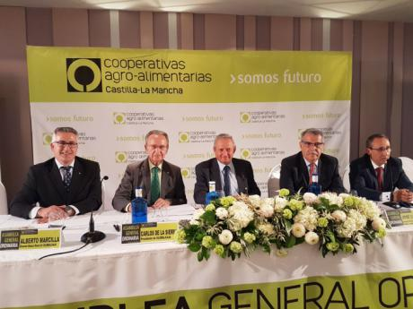 Globalcaja y Cooperativas agro-alimentarias de la región reiteran la importancia del sector para el desarrollo economico y social de la region