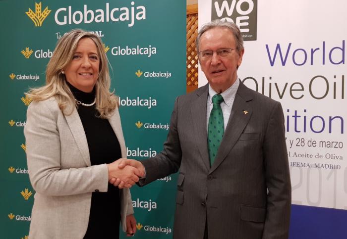 Renovado el convenio de Globalcaja con la Wooe en apoyo al sector del aceite de oliva