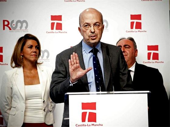 Condenan a Nacho Villa y otros exdirectivos de RTVCM por gastar cerca de 70.000 euros