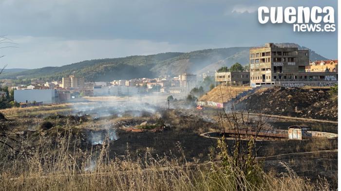 Extinguido el incendio en los terrenos de ADIF