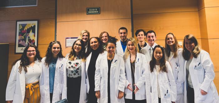 """El Hospital de Virgen de la Luz recibe un año más a los estudiantes norteamericanos del proyecto """"Atlantis"""""""