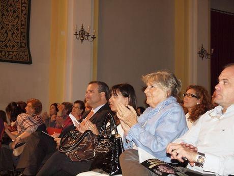 El alcalde asiste al concierto ofrecido por la Schola Cantorum para reivindicar la ubicación del Conservatorio Superior de Música de C-LM en nuestra ciudad