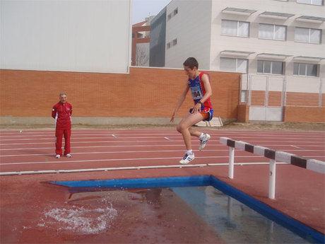 """La pista del """"Luis Ocaña"""" acoge este fin de semana la segunda jornada del Campeonato Provincial de Atletismo en las categorías cadete y juvenil"""