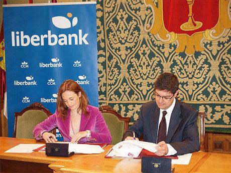 El Ayuntamiento y CCM colaborarán en la organización de actividades deportivas, culturales y lúdicas