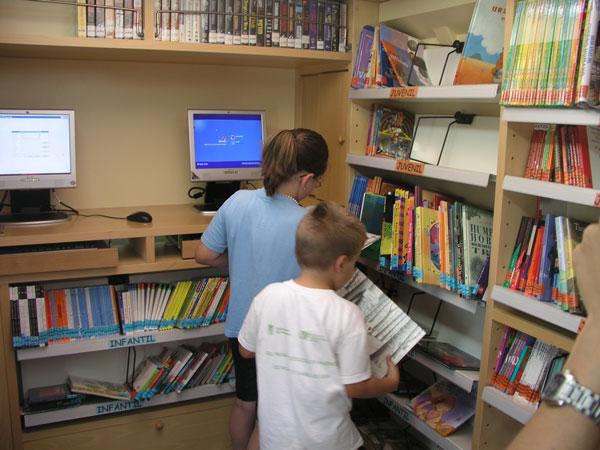 La Red de Bibliotecas Públicas conmemorará el Día del Libro con más de un centenar de actividades por toda la provincia