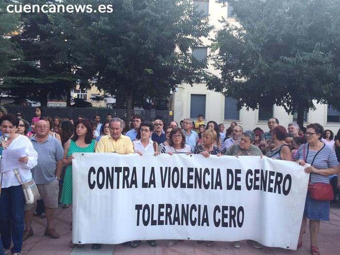 Cuenca acude a la concentración contra la violencia machista