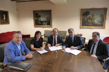 Ayuntamiento y Consorcio formalizan el Convenio que posibilita la rehabilitación de la Casa del Corregidor