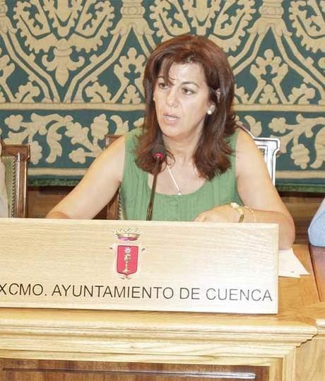 """Alejandra Barambio: """"El PSOE trabaja en los juzgados lo que no hace por Cuenca"""""""