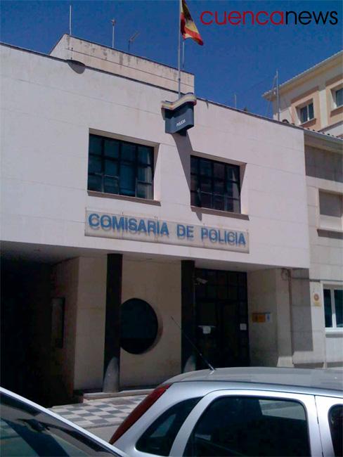 Expedientan a dos policías de la Comisaría de Cuenca que multaron el coche particular de un mando que estaba aparcado en un espacio para minusválidos
