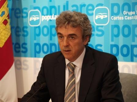"""Esteban denuncia el """"último flaco favor"""" de Barreda a Castilla-La Mancha con su falta de colaboración en el traspaso de poderes"""