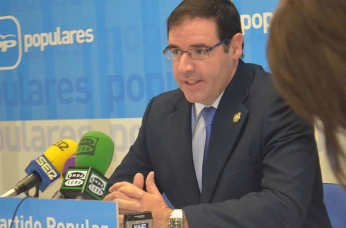 Prieto lamenta que Page se haya entregado en manos de Podemos traicionando de nuevo los intereses de los  castellano manchegos