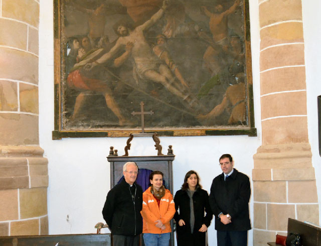 Prieto asiste a la entrega para su restauración de dos obras de nuestro patrimonio