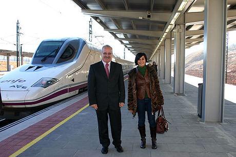 Más de 200.000 pasajeros han utilizado la nueva linea AVE que conecta Madrid - Castilla-La Mancha y Valencia