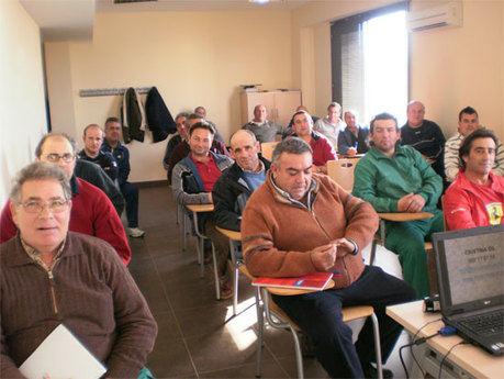 El CIPE-SIEM traslada información sobre el autoempleo en Villamayor de Santiago