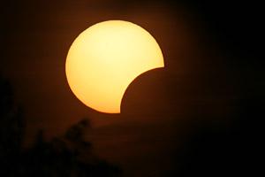 Un eclipse parcial esconderá el Sol durante la mañana del martes