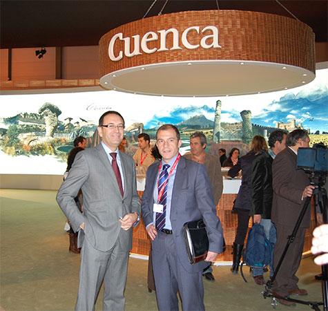 El presidente de CEOE CEPYME Cuenca apoya a los empresarios del sector turístico en FITUR 2011