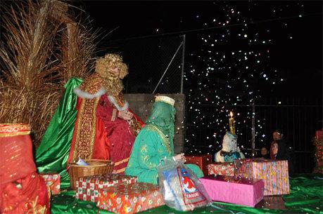 Multitudinaria Cabalgata de Reyes en Priego