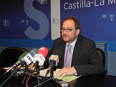 """Pérez Tornero: """"El déficit de 2010 del ayuntamiento de Cuenca va a ser de unos 10 millones de euros"""""""