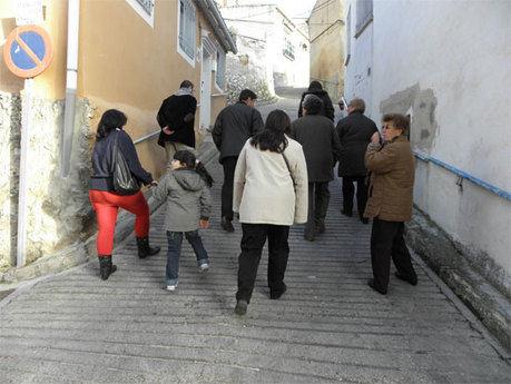 """Ávila se compromete a acabar con el """"abandono y dejadez"""" que sufre el barrio de Tiradores Bajos"""