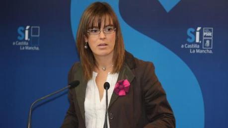 """Esther Padilla: """"Las informaciones periodísticas dejan en evidencia que De Cospedal ha mentido"""""""
