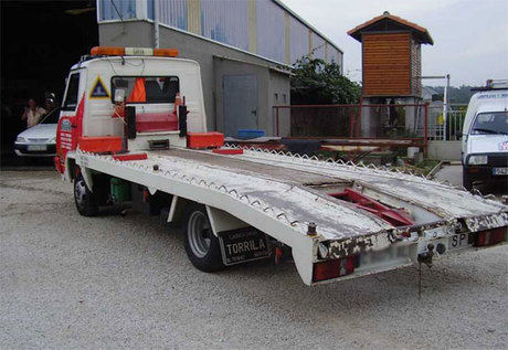 TRACC ayuda a sus talleres a renovar el permiso de los vehículos de auxilio en carretera