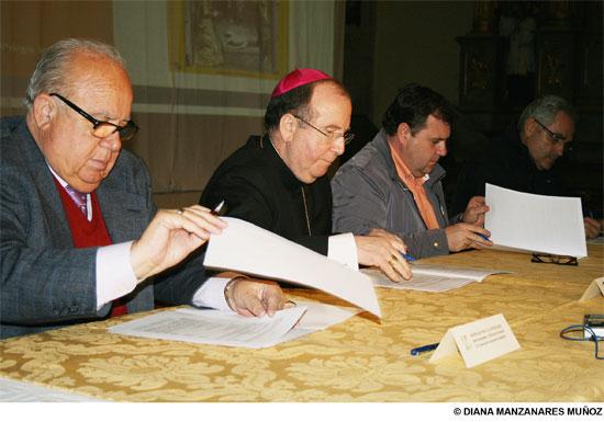 Presentado el proyecto para la rehabilitación del retablo de la Iglesia Parroquial