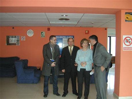 """Godoy vista la Residencia de Mayores """"Nuevo Hogar Alameda"""" de la capital"""