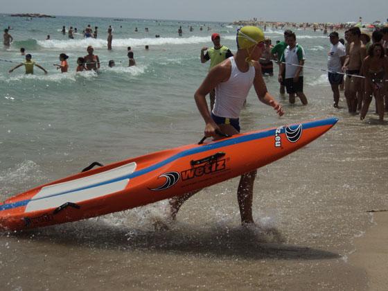 El Club de Salvamento SVAT Tarancón Campeón de España en sprint de playa alevín masculino y Carmen Berlanga Subcampeona de España en banderas alevín femenino