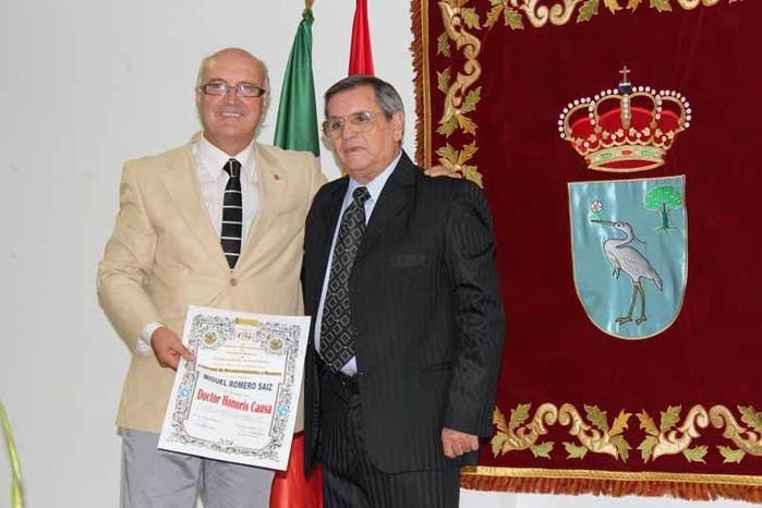 """Miguel Romero investido """"Doctor Honoris Causa"""" por la Academia Latinoamericana de Literatura moderna en su sede de Méjico"""
