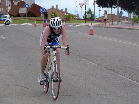 Cuenca domina el campeonato regional de triatlón escolar