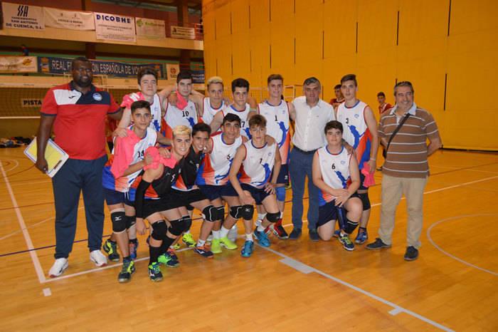 El Gobierno regional respalda al CV Hervás Cuenca en el Campeonato Nacional de Voleibol Cadete Masculino