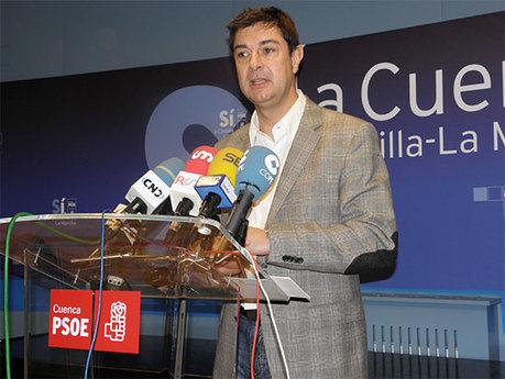 Ávila se compromete a no privatizar el agua de Cuenca y emplaza a Pulido a hacer lo mismo