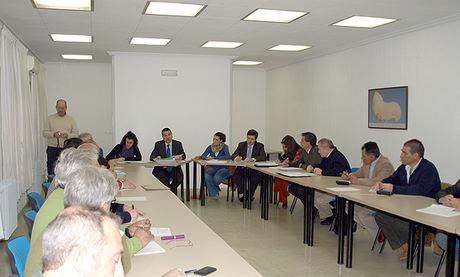 Martínez Arroyo participó hoy en la Comisión Regional del Ajo celebrada en Las Pedroñeras