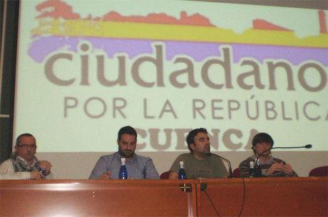 Interesante debate sobre la reforma laboral protagonizado por los jóvenes en la charla del colectivo Republicano de Cuenca