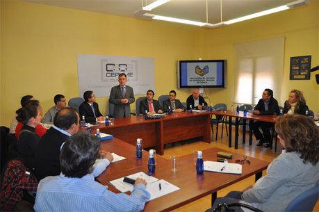 FORMA Cuenca y la  UCLM establecen un primer contacto para colaborar en el futuro