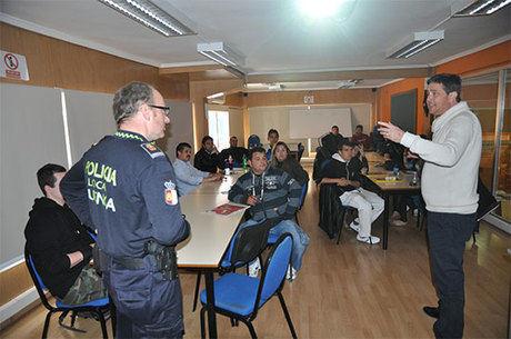 APAC y Policía Local colaboran en la realización de cursos de seguridad vial