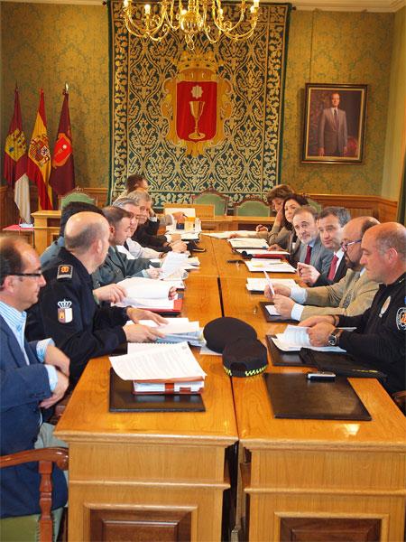 La Junta Local de Seguridad avanza en la coordinación de la Policía Local y Nacional para la prevención de delitos