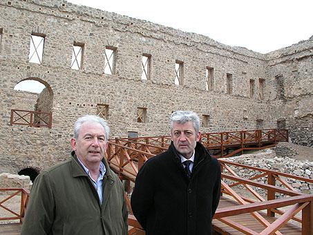 Luis Martínez y Eugenio Alfaro visitan la ciudad medieval de Moya