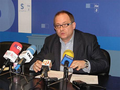"""Pérez Tornero: """"El retraso en la finalización de las obras a marzo de 2012 podría hacer peligrar el parking de Astrana Marín"""""""